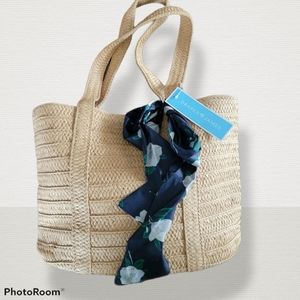 Draper James straw tote w/ navy floral bow